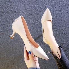 IYATO - Pointy Studded High Heel Pumps