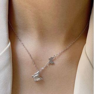 Betsuno - Butterfly Necklace