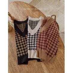 GOROKE - Houndstooth Knit Vest