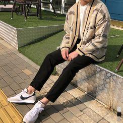 Seoul Homme - V-Neck Checked Boxy Cardigan