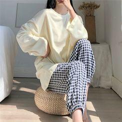 Tanee - Pajama Set: Plain Long-Sleeve Top + Check Pants