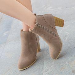 Aneka - 粗跟及踝靴