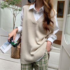 Envy Look - Sleeveless Long Knit Top