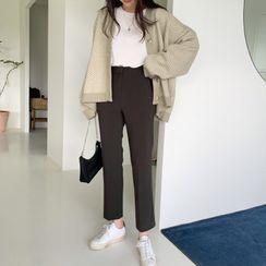 UPTOWNHOLIC(アップタウンホリック) - Flat-Front Dress Pants