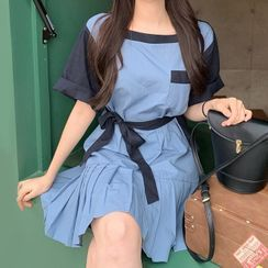 Avox - 短袖拼接T裇裙