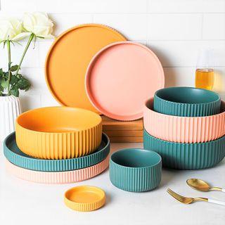 Evebe - Plain Ceramic Saucer / Bowl / Plate