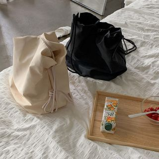 MERONGSHOP - Drawstring Bucket Bag