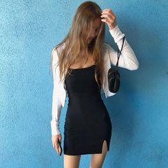 Genrovia - Spaghetti Strap Mini Sheath Dress