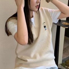 Dute - Bear Embroidered Knit Vest