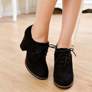 幸福鞋坊 - 系带粗跟高跟鞋