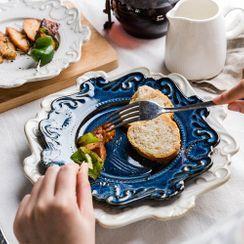 Modern Wife(モダンワイフ) - Embossed Ceramic Plate
