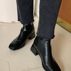 FROMBEGINNING - Square-Toe Block-Heel Short Boots