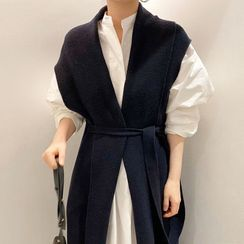 Coris - Plain Shirt Dress / Knit Vest