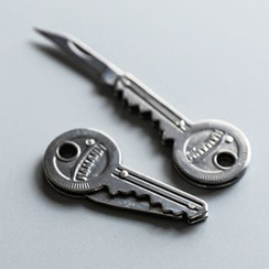 Chrysalis - Foldable Key-Shaped Stainless Steel Knife