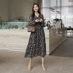CLICK(クリック) - Tiered Floral Long Wrap Dress