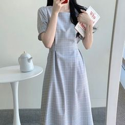 Yunhouse - Short-Sleeve Maxi A-Line Dress