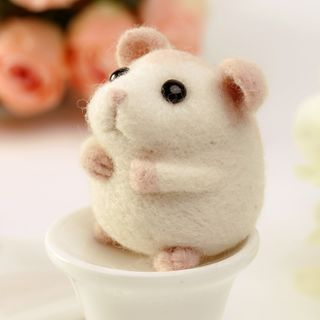 Crockett - Mouse Needle Felting Kit (Material Package)