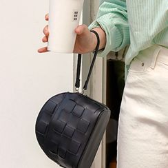 FROMBEGINNING - Woven Semicircle Wristlet Bag