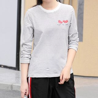 YICON - Long-Sleeve Heart Print T-Shirt