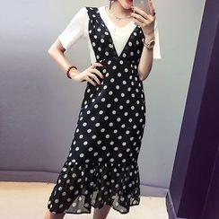 Ashlee - 套裝: 短袖T恤 + 圓點吊帶長裙