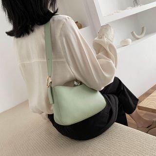 Tiff - Plain Zip Shoulder Bag