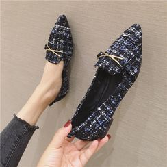 The Shoe House - Tweed Flats