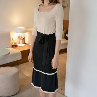 NAIN - Square-Neck Two-Tone Long Knit Dress