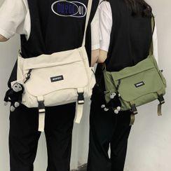 CHIN CHIN - Lettering Messenger Bag