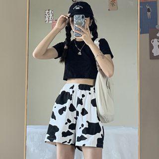 Amardeep - Plain Short-Sleeve T-Shirt / Cow Print Shorts