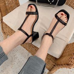 KICKOFF - Block Heel T-Strap Ankle Strap Sandals