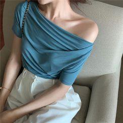 BBChic - Asymmetric Shoulder Short-Sleeve Ruffled Plain Top