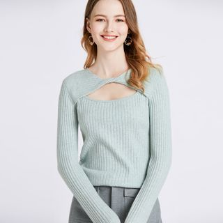 Greton - Long Sleeve Cut Out Ribbed Knit Top