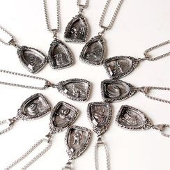 Tinseltown - Alloy Zodiac Pendant Necklace