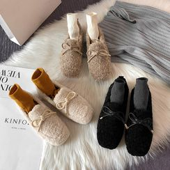 Meguro - Bow Accent Fluffy Loafers