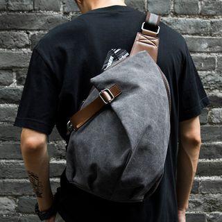 Moyyi - Canvas Sling Bag