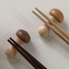 Hollos - Wooden Mushroom Chopsticks Rest