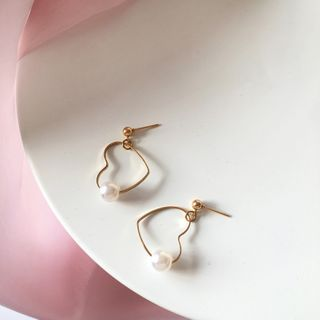 Yambo - Heart Faux Pearl Drop Earring