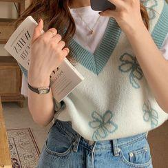 Moon City - Floral Print Knit Vest