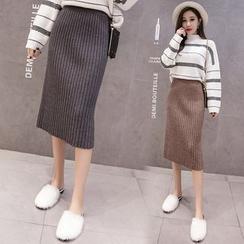Gecko - Midi Rib Knit Pencil Skirt
