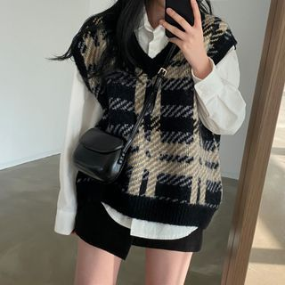 Moon City - Houndstooth Sweater Vest / Shirt