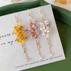 Admae - Floral Earring / Clip-On Earring