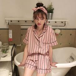 Renara - 家居服套裝: 短袖襯衫 + 短褲 + 頭帶