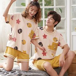 Lion Sniff - Couple Matching Loungewear Set : Short-Sleeve Print Top + Shorts