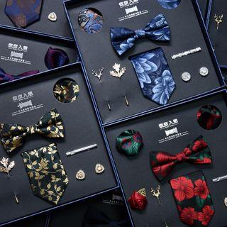 NINIRUSI - 套裝: 領帶 + 蝴蝶領結 + 領帶夾 + 袖扣 + 平駁領飾針