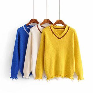 Ishanra - Contrast Trim Distressed Sweater