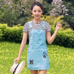 Mori Girls - 套装: 条纹短袖T裇 + 字母迷你背带裙