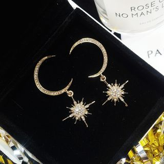 Lighthouse - Rhinestone Moon and Star Drop Earrings