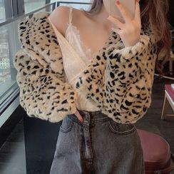 Rorah - Leopard Print  Faux Fur Jacket / Long-Sleeve Velvet Top