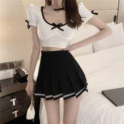 Lushii - Short-Sleeve Top / Pleated Mini Skirt