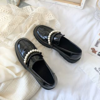 Stevvi - Faux Pearl Loafers